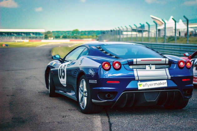 car-race-438467_1920